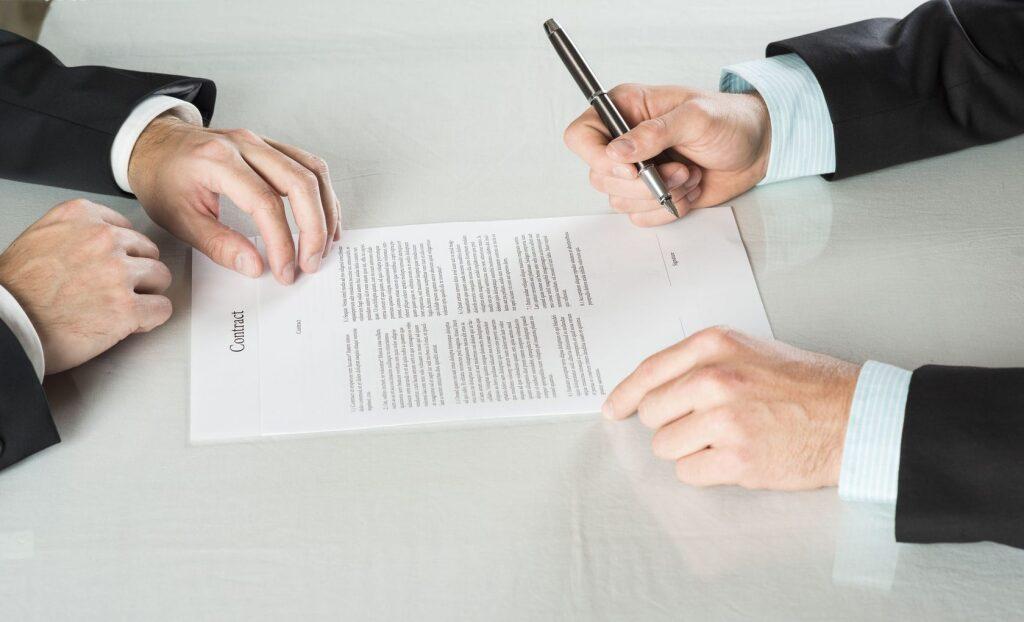 Гражданско-правовой или трудовой договор?