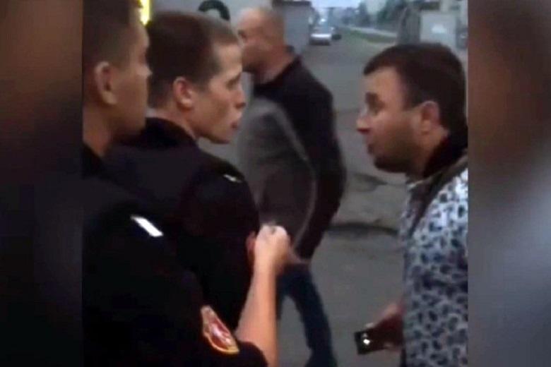 Опубликовано видео потасовки с росгвардейцами в Кузбассе