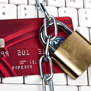 За долги по налогам заблокируют ВСЕ счета