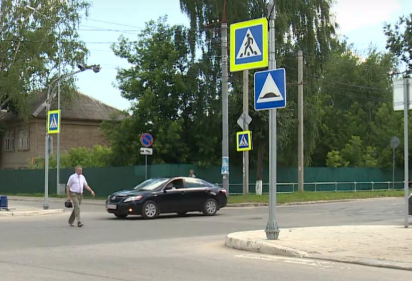 За что водители не любят нерегулируемые пешеходные переходы