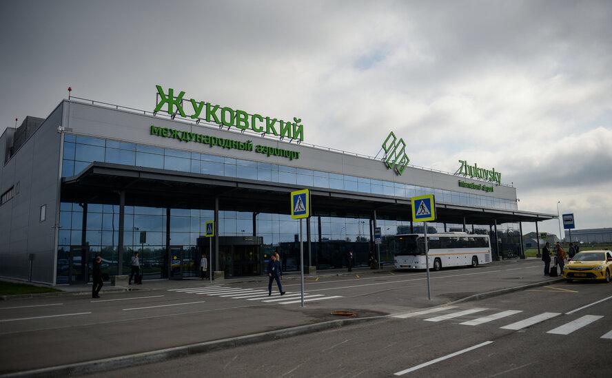 """СК возбудил уголовное дело после жёсткой посадки А-321 """"Уральских авиалиний"""