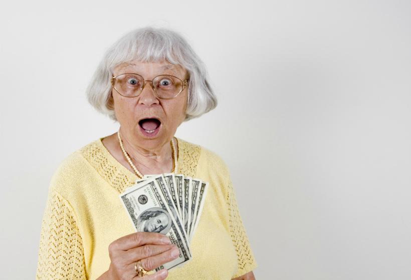 Продолжение истории о мошенниках, атакующих наивную пенсионерку!