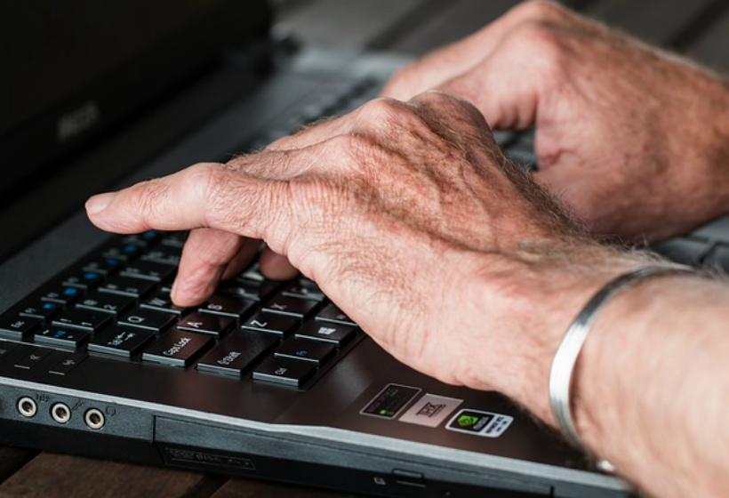 В Британии предлагают повысить пенсионный возраст до 75 лет. Работа улучшает здоровье