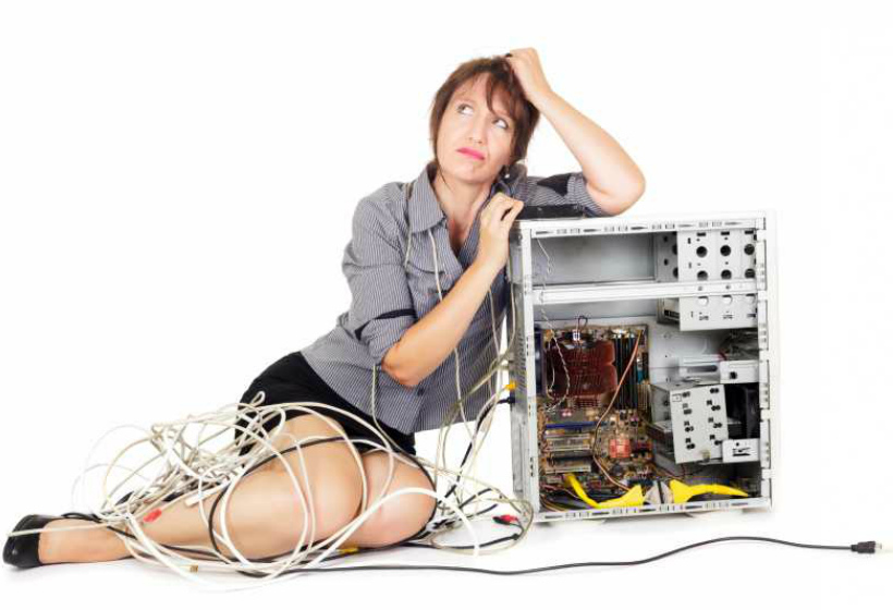 Вы приобрели технически сложный товар. Он плохо работает, деньги не возвращают. Что делать?