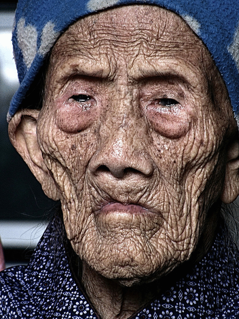 даже белый, самый старый человек на земле фото проект