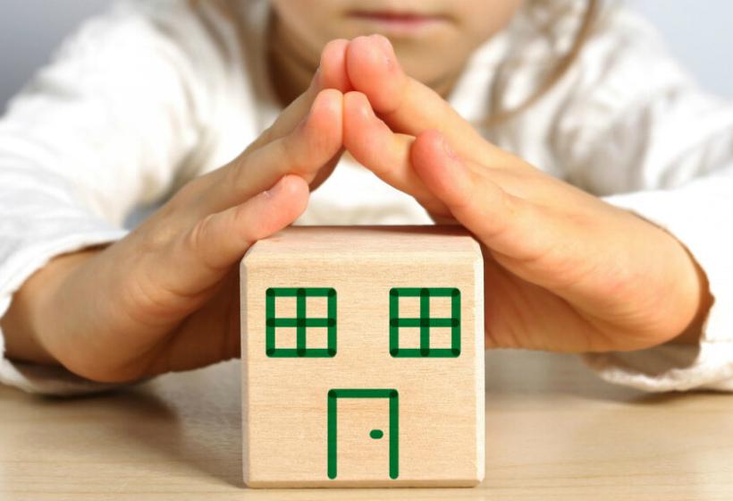 Как продать квартиру, если в ней есть несовершеннолетние дети?
