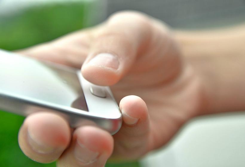 В России утвердили правила оформления ДТП со смартфона