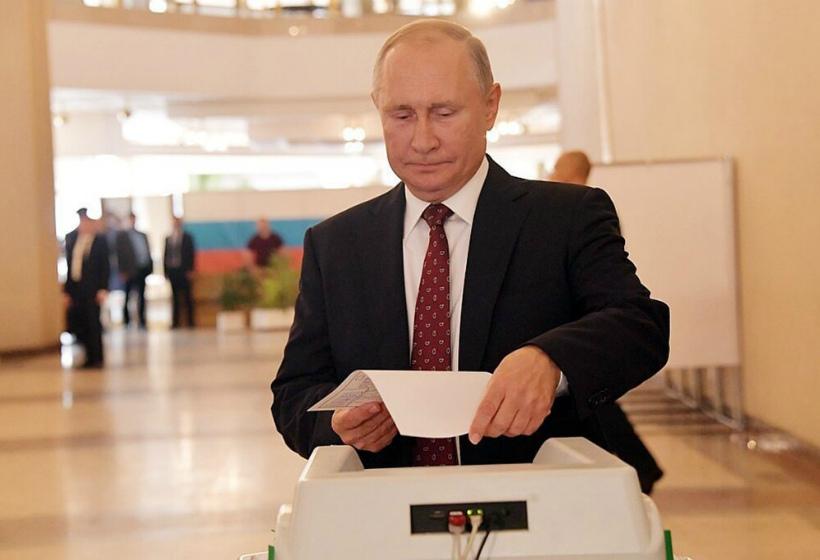 За кого проголосовал Путин: «Надеюсь, что это хороший, порядочный человек»