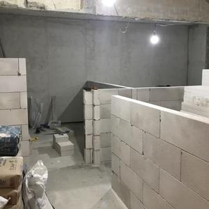 Соседи построили кухню под моей спальней,что делать?
