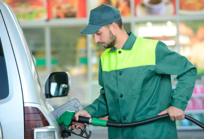 Стал известен прогноз по ценам на бензин в России