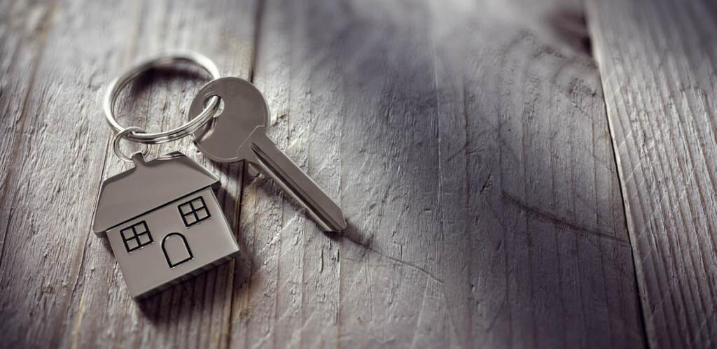 В каких случаях гражданин имеет право на пожизненное проживание в квартире?