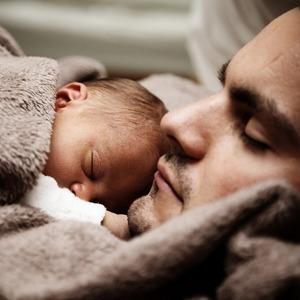 Термин «согласие на усыновление» применяется в Семейном кодексе в двух противоположных значениях