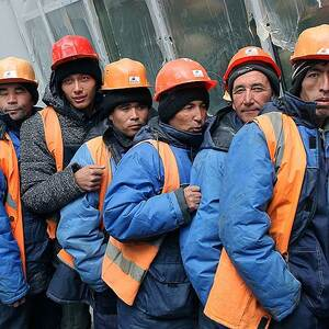 В.В. Путин сократил стаж работы для получения гражданства РФ трудовым мигрантам