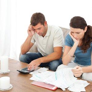 Как делятся долги во время развода?