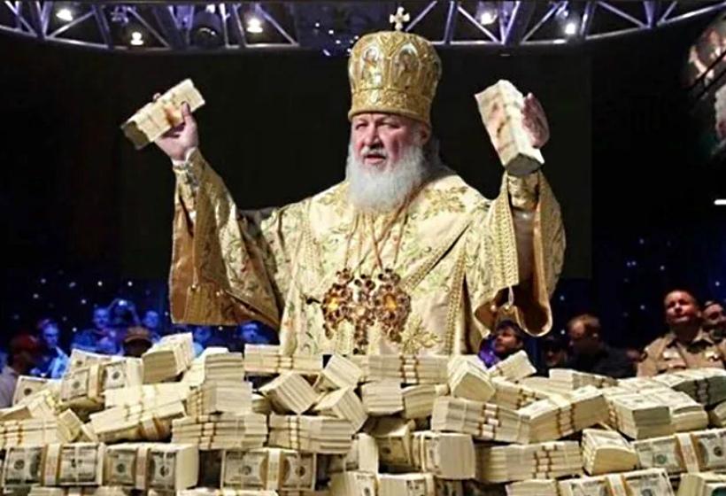 Сколько зарабатывает священник
