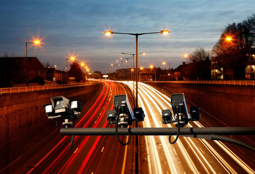 В России скорость на платных трассах увеличат до 130 км/ч