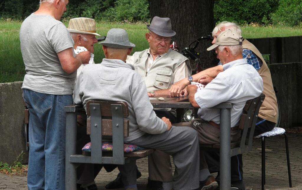 Как выйти на пенсию раньше срока рассказали в Пенсионном фонде