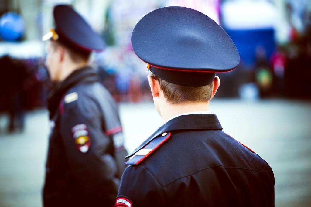 Полицейскому-взяточнику дали условный срок.