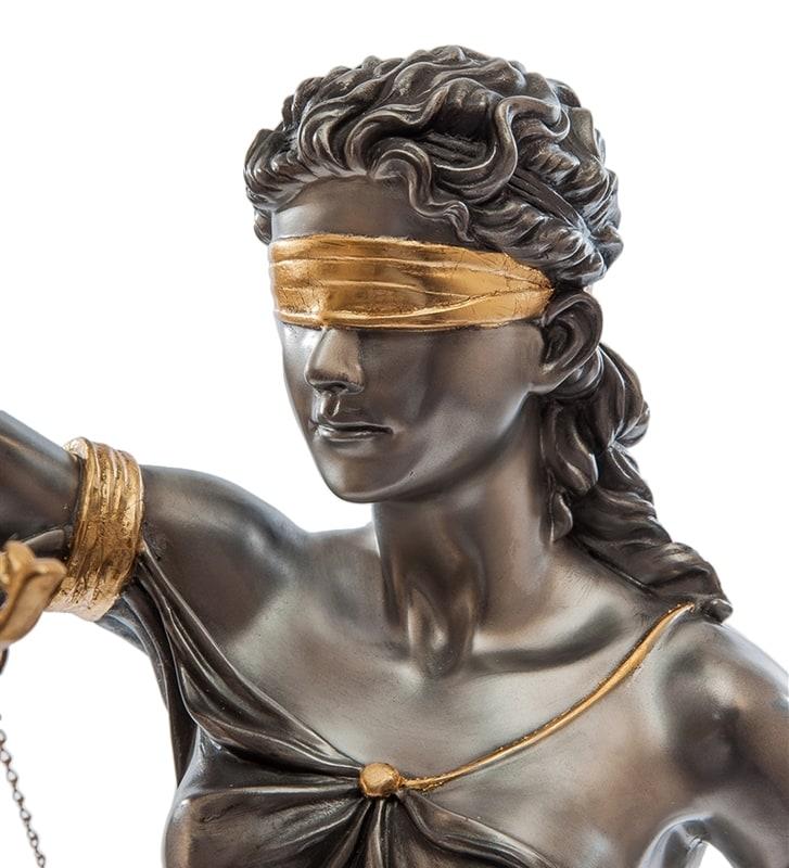 Почему юрист получает деньги не по результату своей работы?