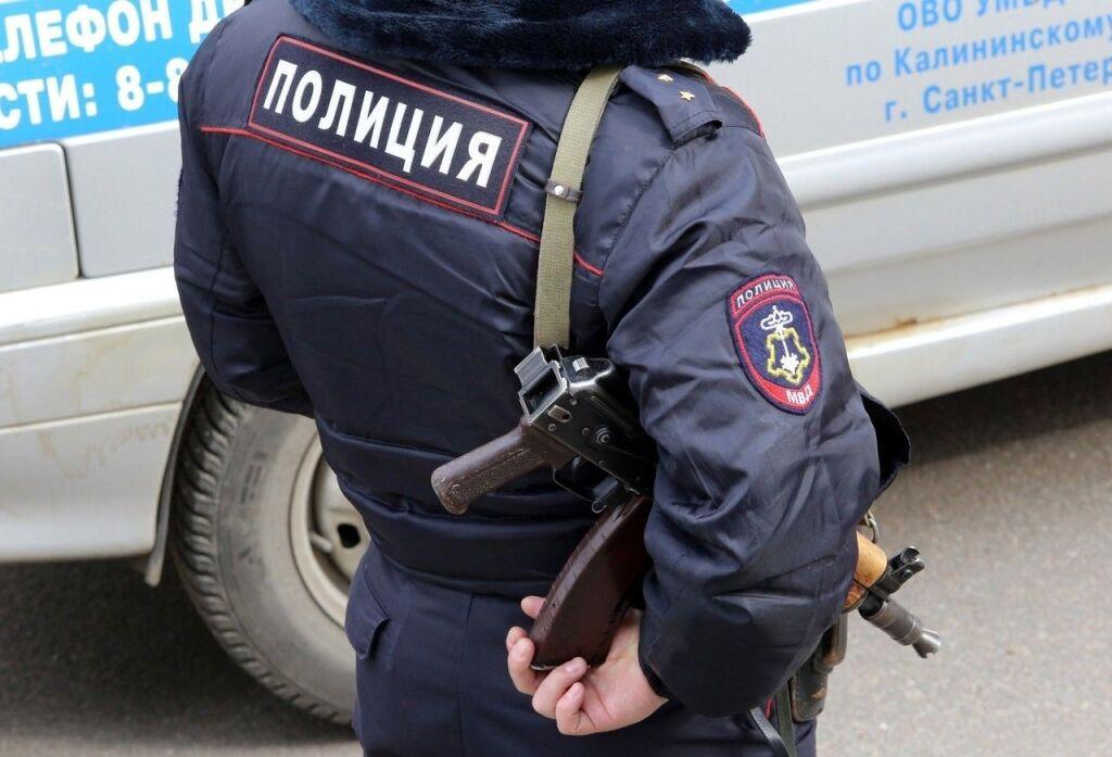 В Петербурге африканец избил приехавшего на вызов полицейского