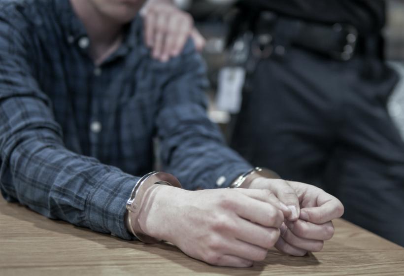 Замглавы отдела полиции арестован по делу о сексуальном насилии