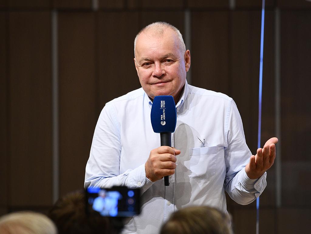 Киселев объяснил протесты слишком большим количеством студентов-гуманитариев