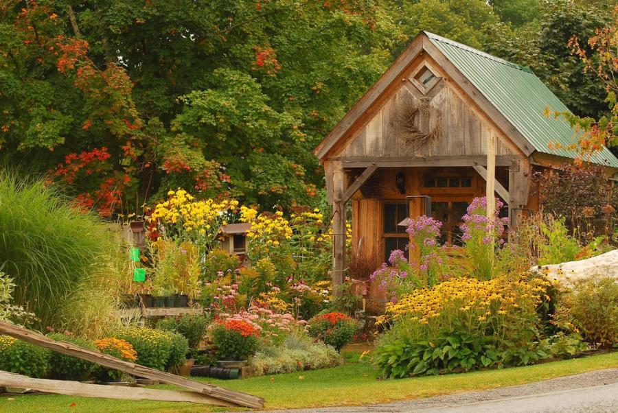 Как признать право собственности на садовый дом?