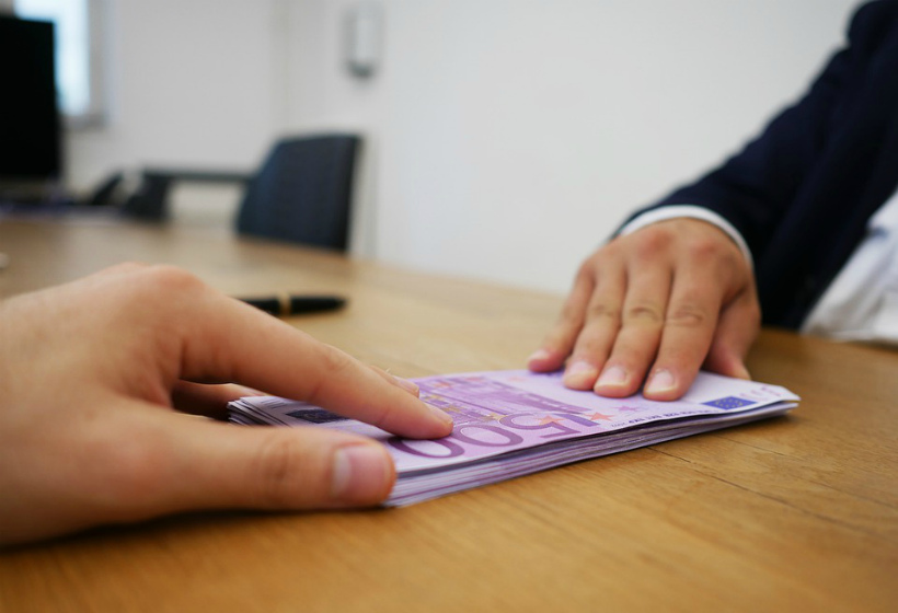 Сбербанк снизил ставки по потребительским кредитам