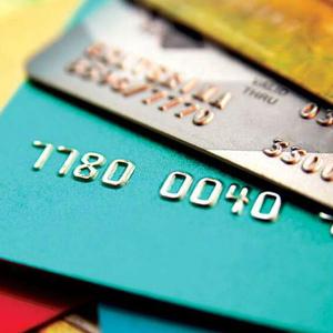Пять маркетинговых трюков банков по продаже карт