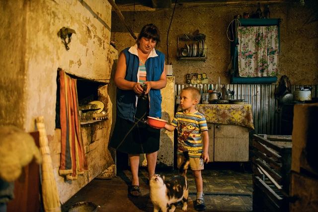 Дети, растущие в семьях с низким доходом, подвержены риску стать бездомными
