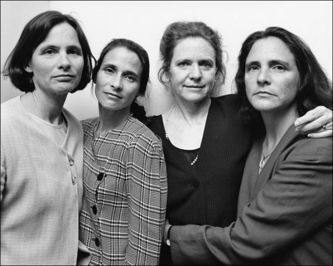 Четыре сестры фотографировались вместе каждый год на протяжении 40 лет!