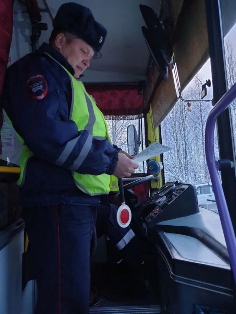Бывшие преступники не смогут управлять общественным транспортом