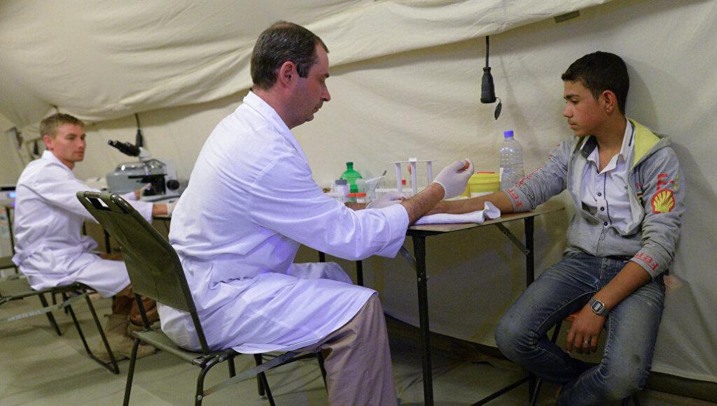 Россия направила сотню медиков на помощь Сирийцам. И это всё на фоне массового увольнения врачей!