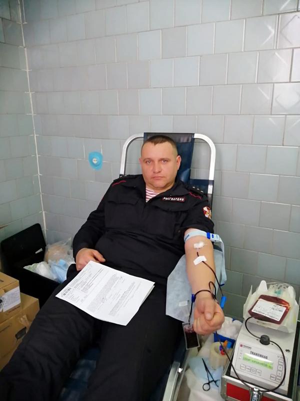 В Новосибирской области Росгвардейцы приняли участие в донорской акции