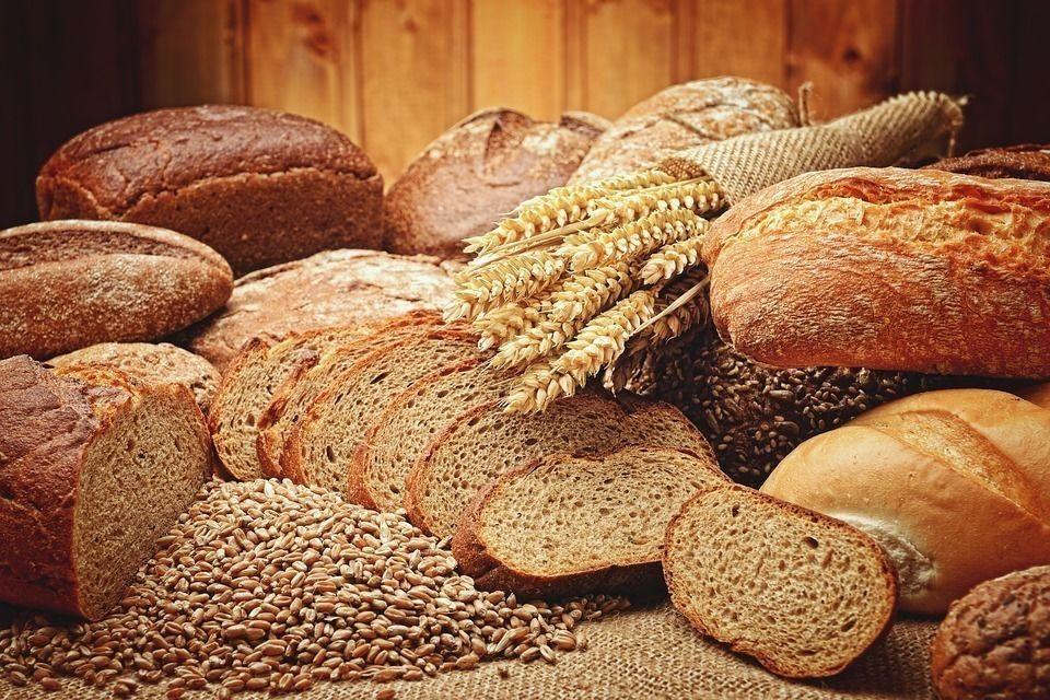 Хлеба хватит на всех: в Смольном обсудили запасы зерна для города
