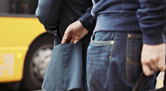 Не провоцируйте воров. Как орудуют карманники в автобусах