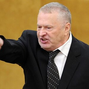 Вольфыч жжет… О его предложении списать гражданам коллекторские и микрофинансовские долги.