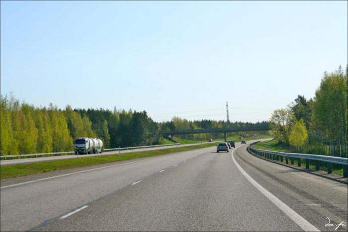 Почему в Европе дороги хорошие, а в России нет?