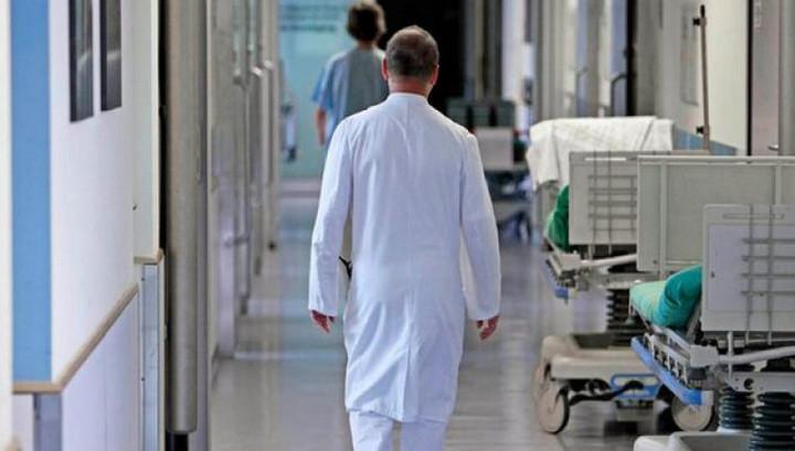 Медбрат изнасиловал коллегу во время ночного дежурства в питерской больнице