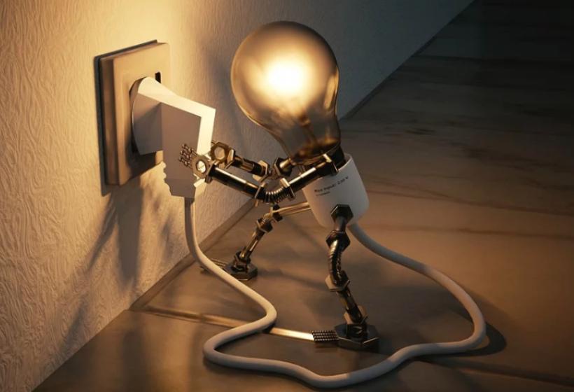 Перегорела лампочка в подъезде: кто должен менять?