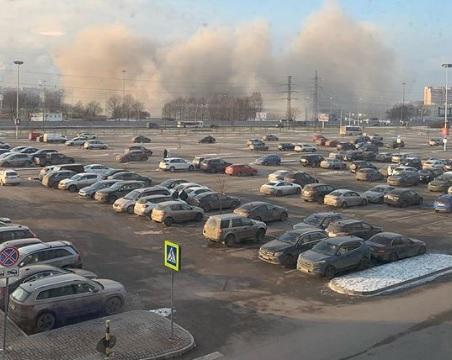 Вчера при обрушении крыши спортивно-концертного комплекса в Питере погиб человек