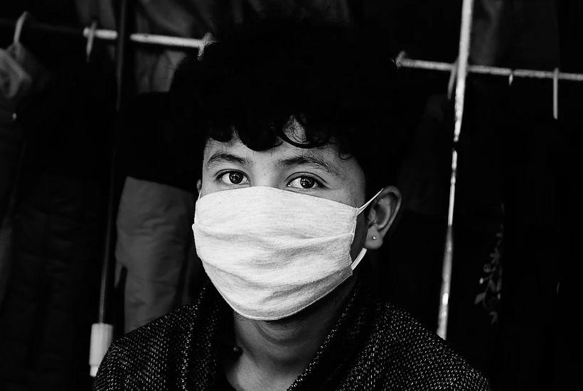 Россиянам рассказали о правилах ношения масок для защиты от вирусов