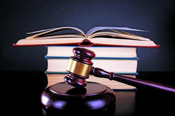 Воздействие на судебных приставов и эффективность их работы