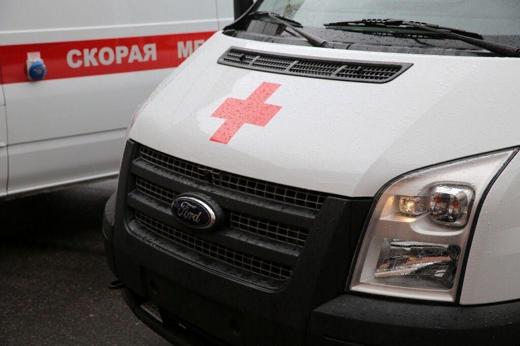 Видео: на Балканской площади грузовик сбил женщину