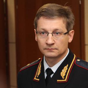 Прокуратура не устает позорить министра МВД