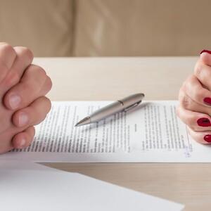 Верховный суд на стороне мужа: как бывшим супругам платить за ремонт общего жилья