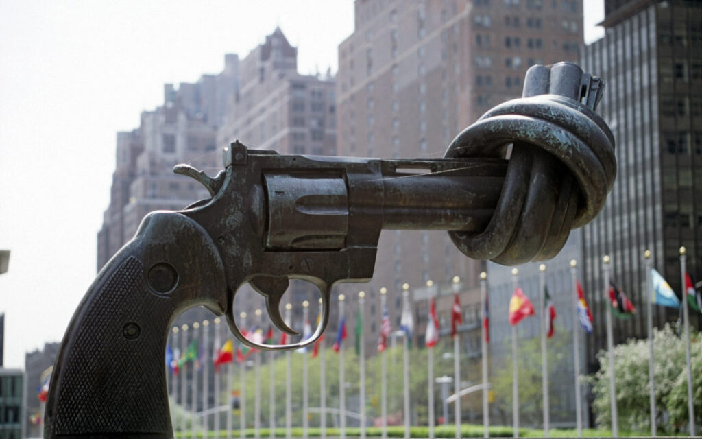 Прощай, оружие: Почти 50 тысяч россиян лишились лицензий на гражданские стволы