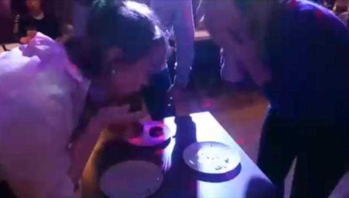Молодая москвичка умерла во время конкурса по поеданию пирожных