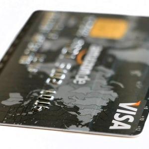 Почему банки стали чаще отказывать гражданам в кредитах