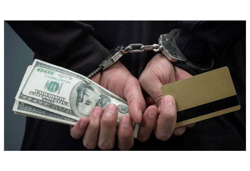 Каждый, у кого есть банковская карта, может стать соучастником преступления и как этого избежать